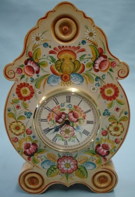 Rosette Clock with Os